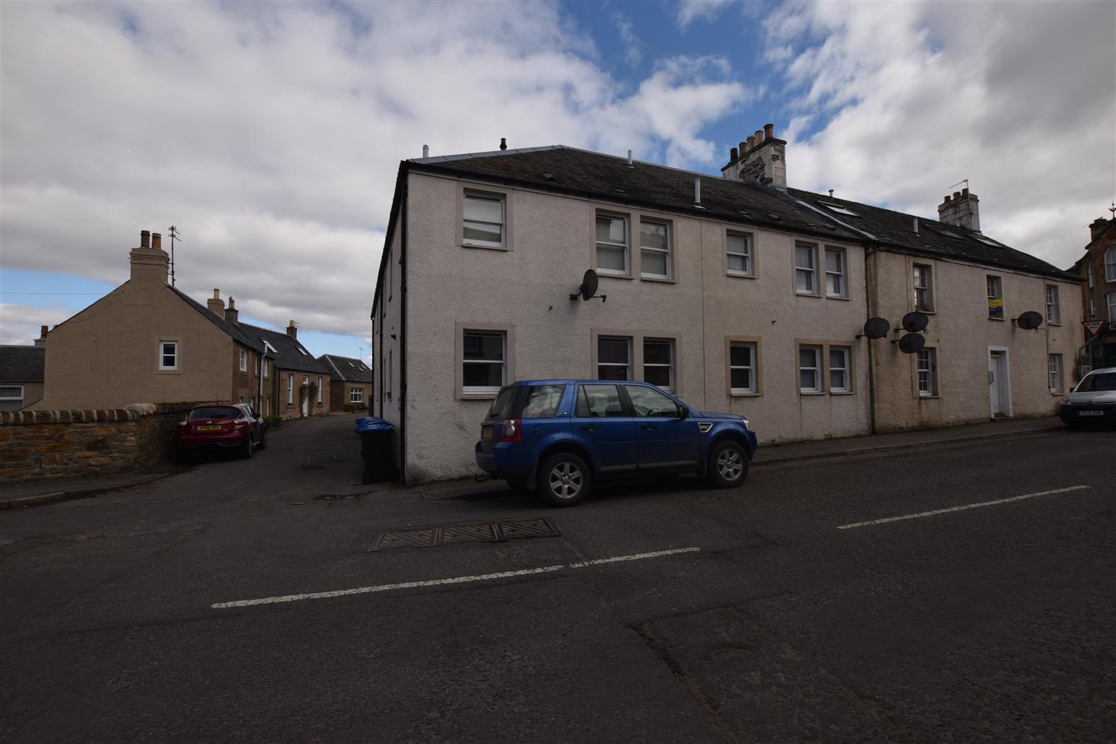 Flat 6, Earnview, Circus Street, Dunning, Perthshire, PH2 0RQ, UK